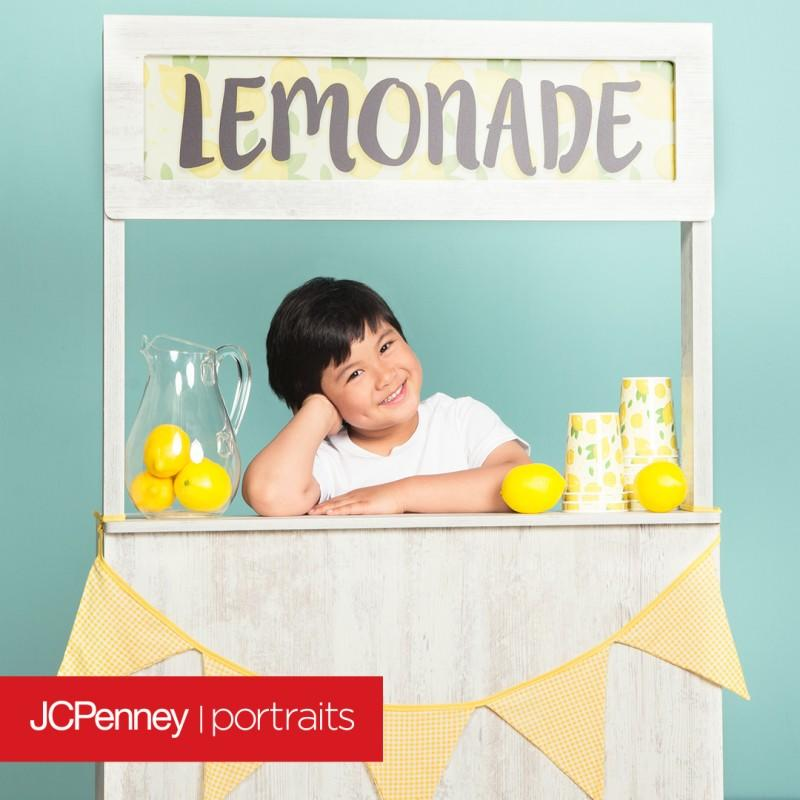 JCPenney Portraits Lemonade Stand from JCPenney